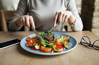 シリコンバレー式自分を変える最強の食事~食べ物が体に及ぼす影響~