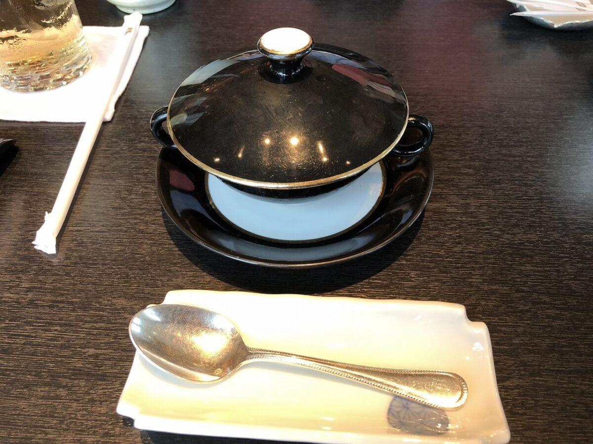 「なだ万 シャングリ・ラホテル 東京」でステーキと寿司盛り合せコースを食す