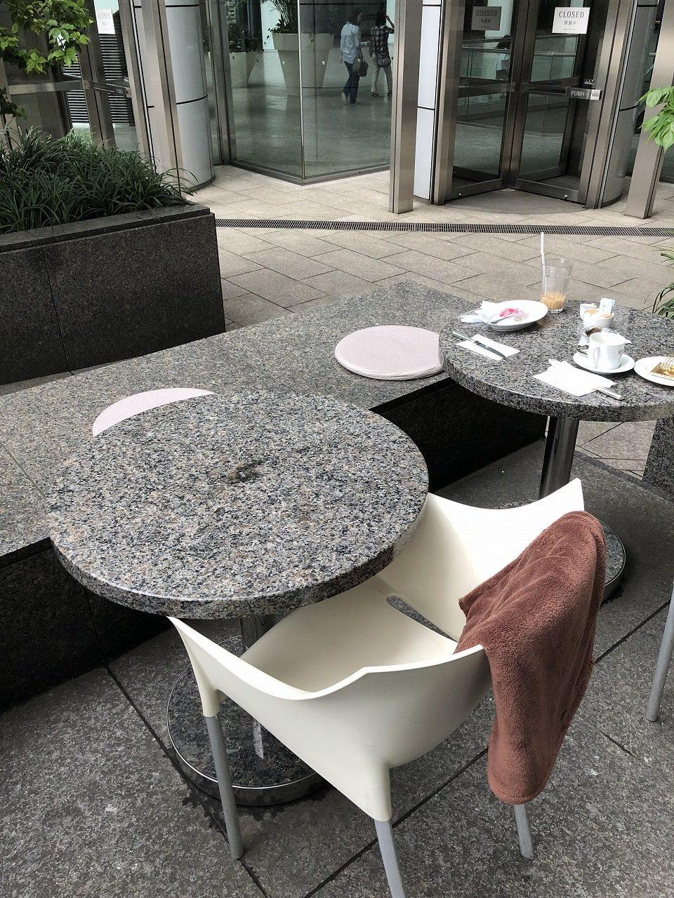パークハイアット東京1階のデリカテッセンで絶品ジューシーティラミス