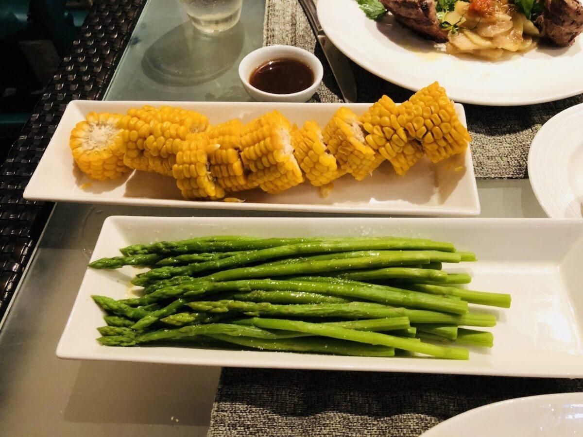 シャングリ・ラ マクタン リゾート & スパ『Cowrie Cove』で最後の晩餐