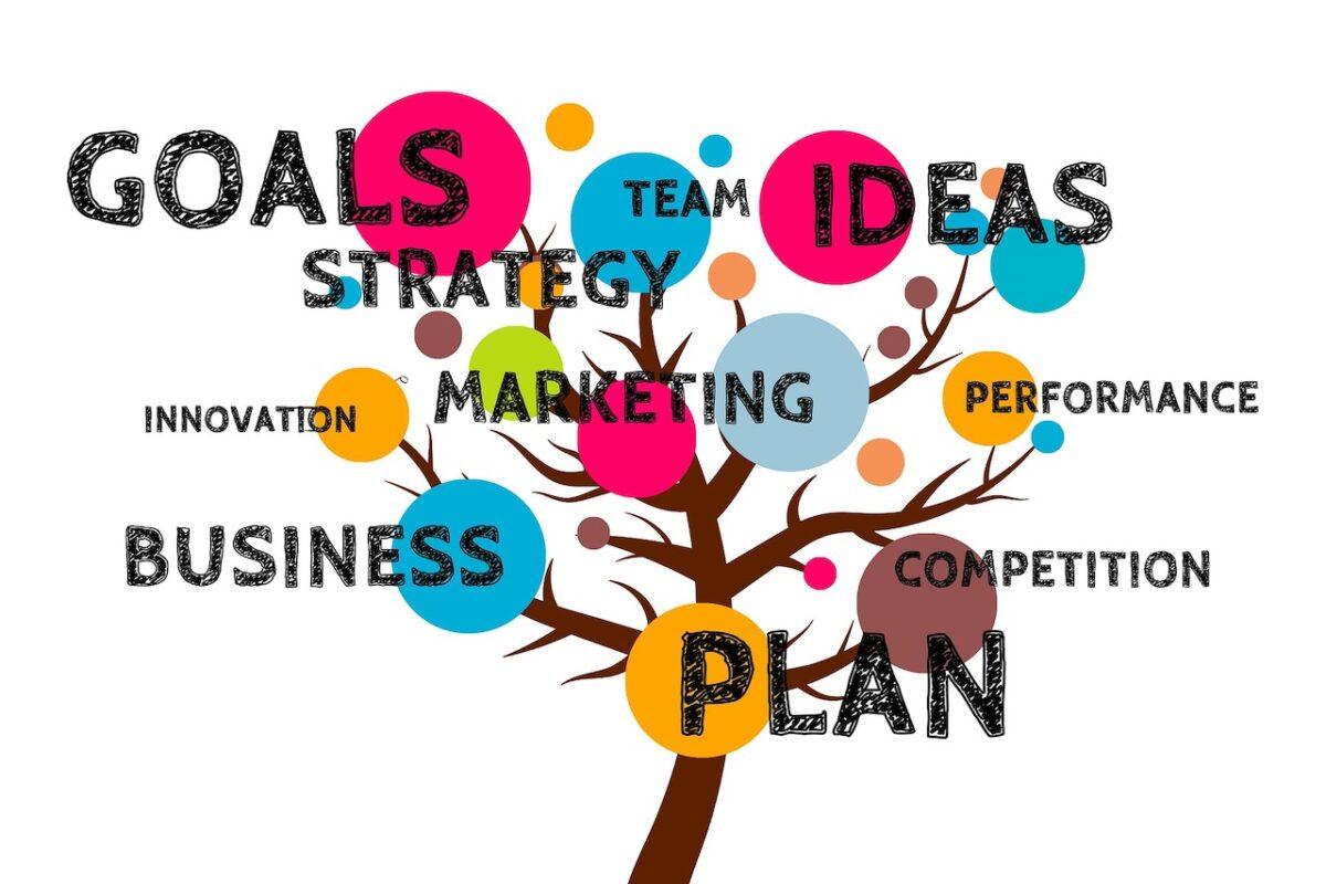 『世界最先端の戦略がわかる amazon』でこれからのビジネス戦略を学ぶ