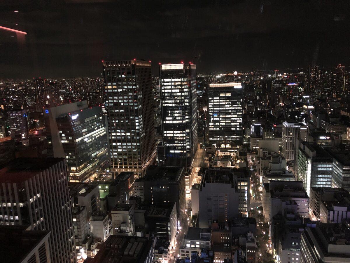 シャングリ・ラホテル東京のホライゾンクラブラウンジで夜食を堪能!
