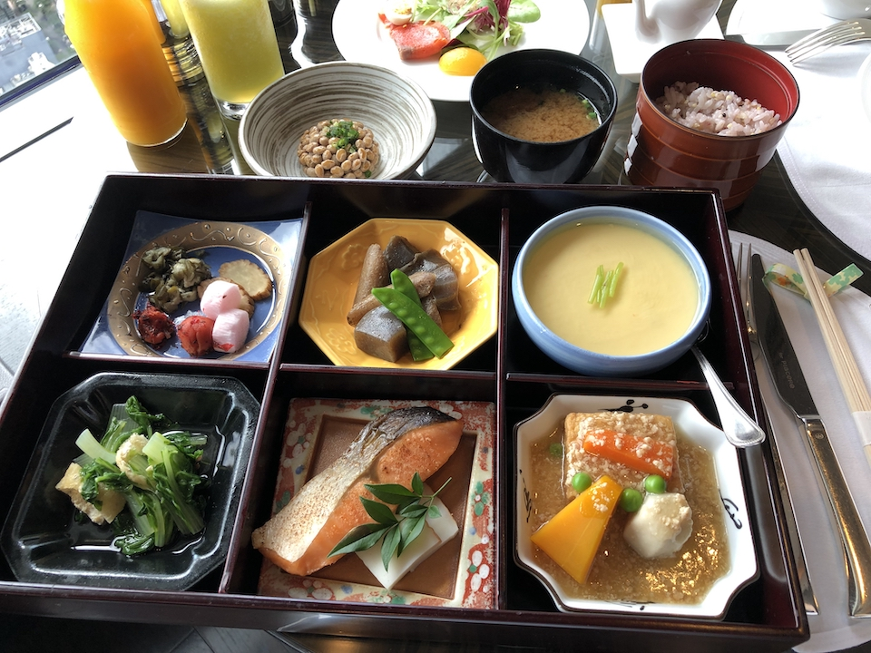 シャングリ・ラホテル東京のホライゾンクラブラウンジで絶品和朝食!