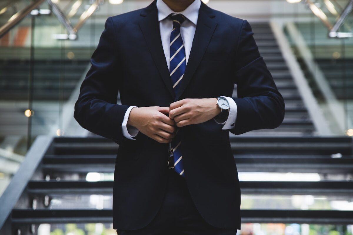 新卒入社3年未満の転職は不利になるのか?【新卒入社1年半で転職した僕の経験談をご紹介します!】