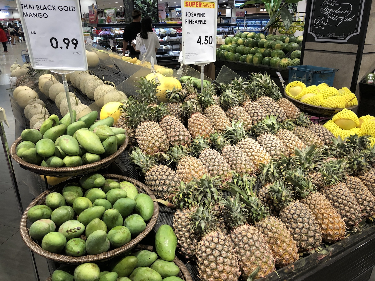 【日本食品は困りません】クアラルンプールのイオンスーパーを物色してきました!お土産も格安で購入可能!