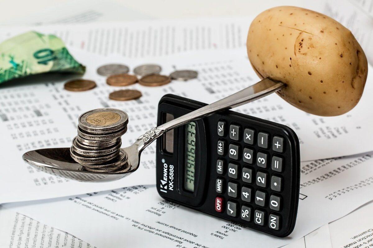 【Pythonでデータ分析】NUMBEOのデータから世界の生活コストを比較する
